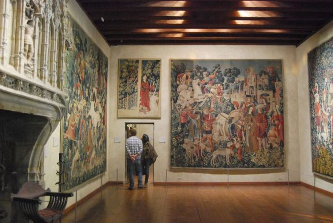 Picture found on http://thinkmuseum.wordpress.com/tag/metropolitan-museum-of-art/