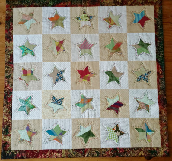 https-::www.etsy.com:listing:255201617:starry-christmas-quilt-wallhanging-or?ga_order=most_relevant&ga_search_type=all&ga_view_type=gallery&ga_search_query=Christmas%20quilts&ref=sr_gallery_35