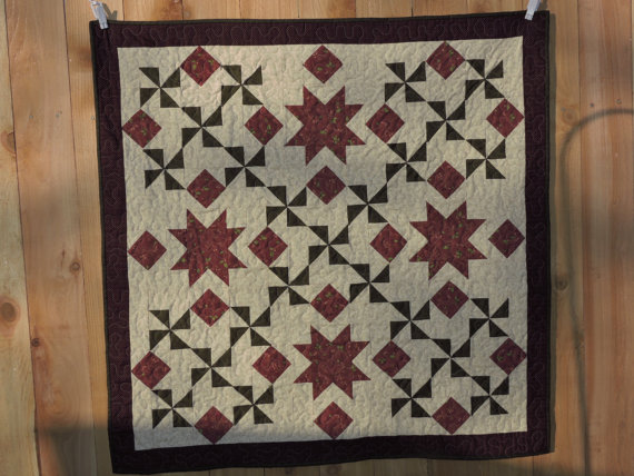 https-::www.etsy.com:listing:258372005:stunning-christmas-quilt-w-burgundy?ga_order=most_relevant&ga_search_type=all&ga_view_type=gallery&ga_search_query=Christmas%20quilts&ref=sc_gallery_4&plkey=f114830acc0604d25037d5becb6a6056255bc007-258372005