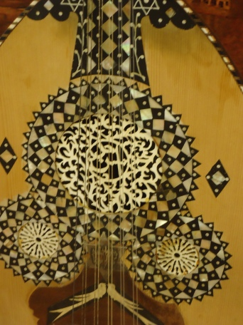 Beautiful oud.