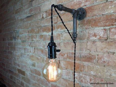 Adjustable Hanging Sconce