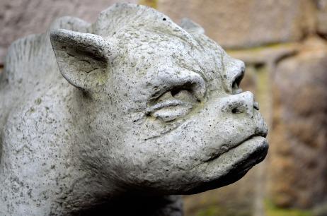 stone-sculptures-gargoyles
