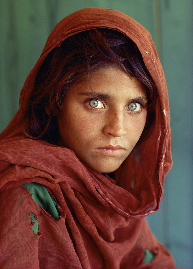 afghan-girl-by-steve-curry-for-national-geographic