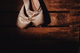 Ballet Shoes StockSnap_IGGH8FVXWA