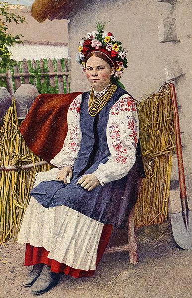 387px-Ukrainian-wreath