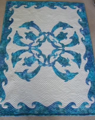Dolphin quilt by Pat Gorelangton