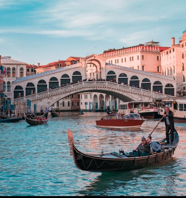 Venice, Rialto bridge, gondola, canal