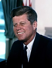 185px-John_F._Kennedy,_White_House_color_photo_portrait